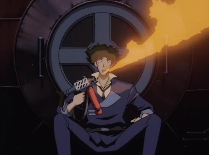 Spike usa un lanciafiamme come accendino