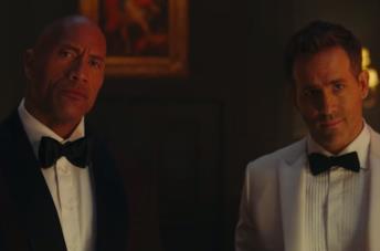 Red Notice: è online lo spettacolare Trailer del film Netflix con The Rock, Ryan Reynolds e Gal Gadot