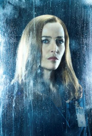 Gillian Anderson è l'agente Scully in X-Files 11