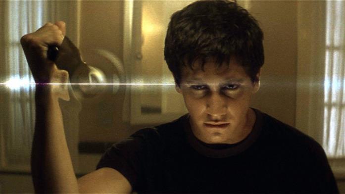 Jake Gyllenhaal interpreta Donnie Darko nel film di Richard Kelly