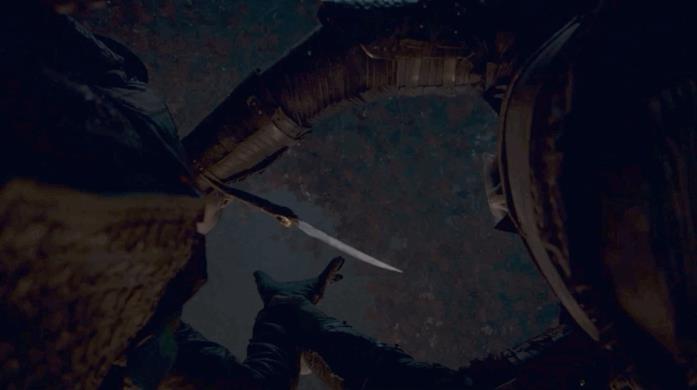 GIF di Arya che uccide il Night King