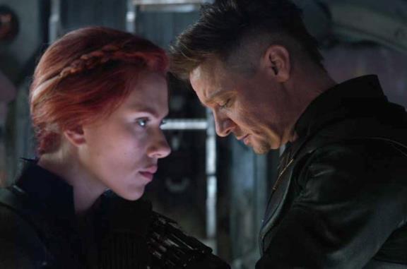 Captain America e gli Avengers in una delle scene finali del film Avengers: Endgame