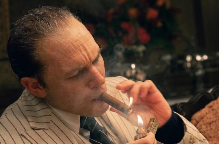 Capone interpetato da Tom Hardy