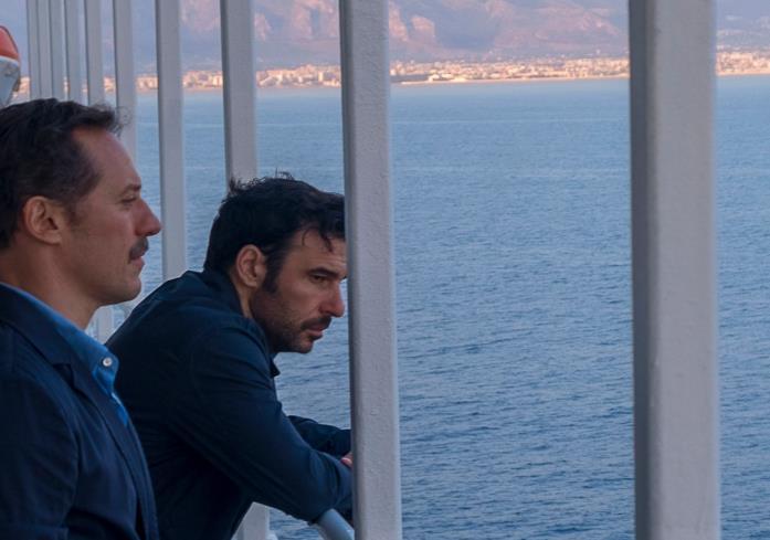 Stefano Accorsi ed Edoardo Leo sul traghetto