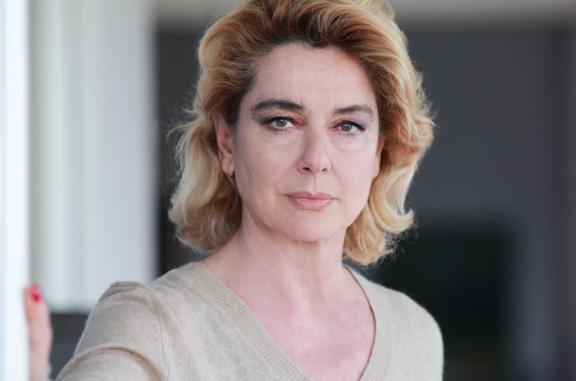 Chi è Monica Guerritore e cosa aspettarsi dalla sua partecipazione a Sanremo