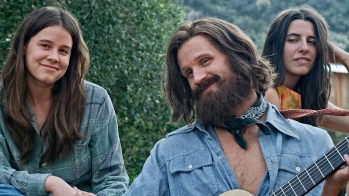 Un'immagine tratta dal film Charlie Says