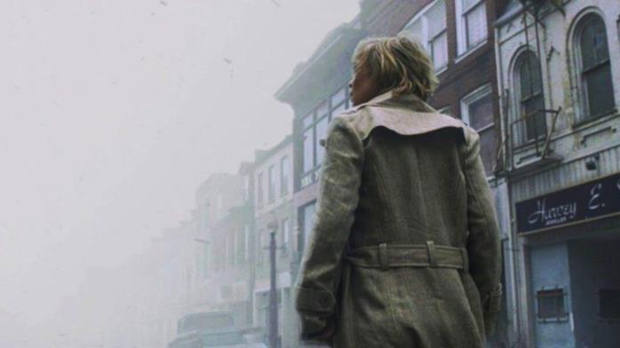 Un'immagine del film Silent Hill con la nebbia