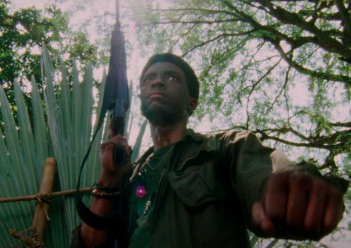 Da 5 Blood - Come fratelli, una scena con Chadwick Boseman