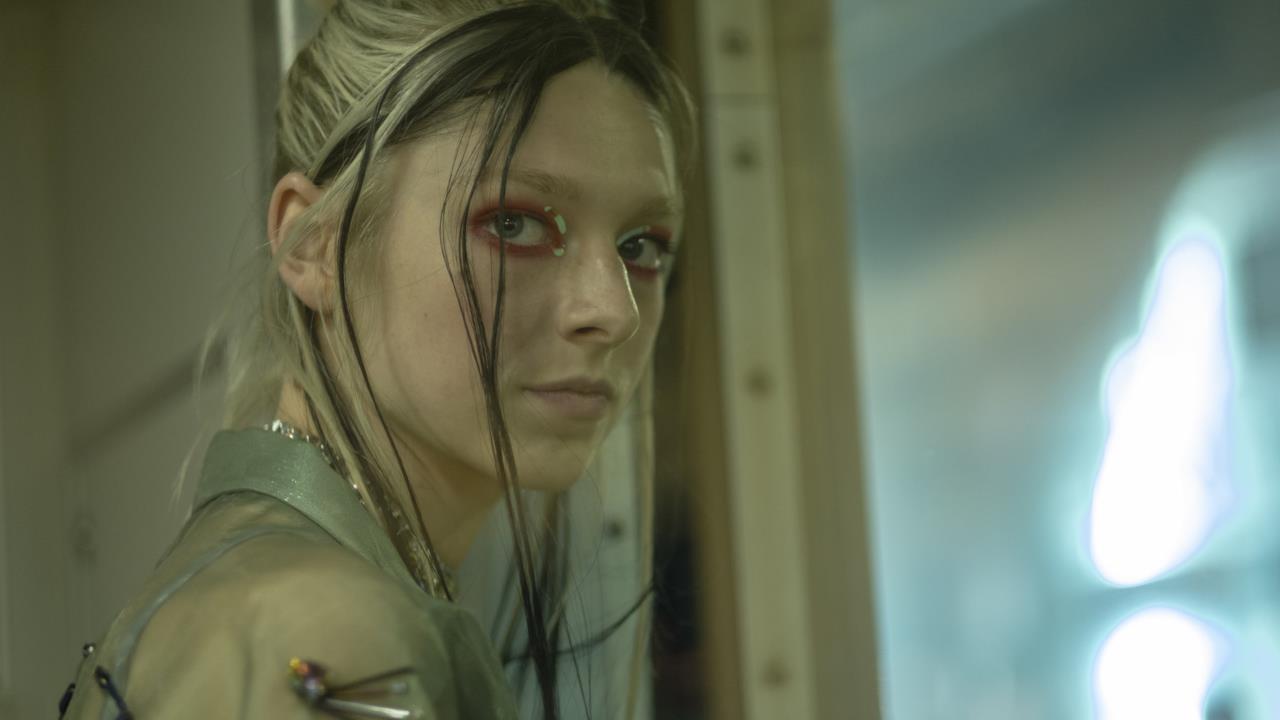 Euphoria: Jules protagonista nel trailer del secondo episodio speciale