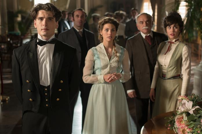 Il cast di Gran Hotel, serie spagnola in arrivo su Canale 5