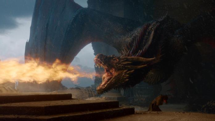 Game of Thrones: Drogon brucia il Trono di Spade