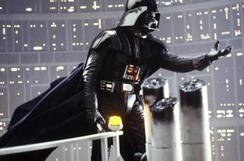 Darth Vader in un frame de L'impero colpisce ancora