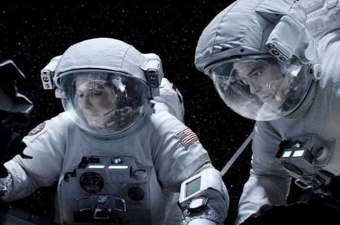 Sandra Bullock e George Clooney in Gravity