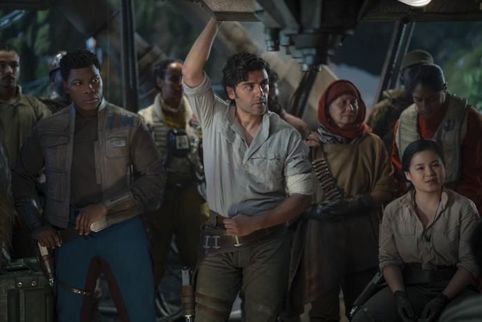 Finn, Poe Dameron e Rose Tico in Star Wars: L'ascesa di Skywalker