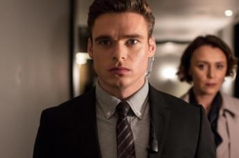 Primo piano di Richard Madden in Bodyguard