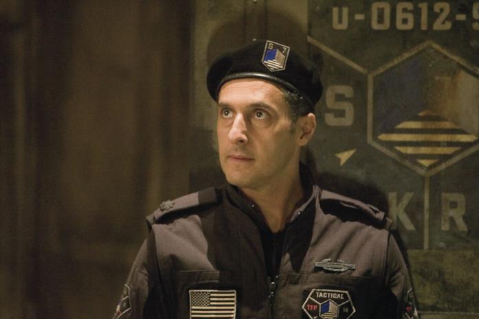 Seymour Simmons interpretato da John Turturro