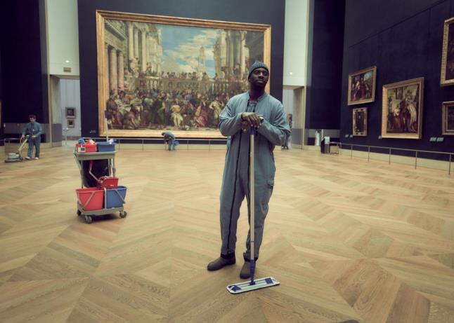 Omar Sy alias Assane Diop al Louvre