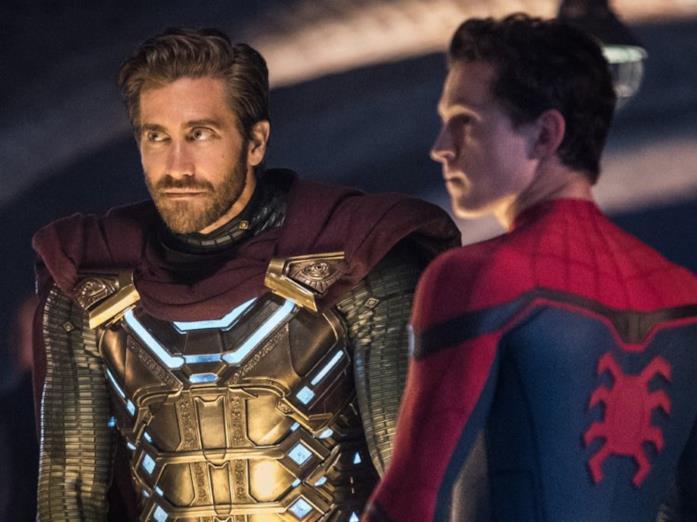 Quentin Beck e Peter Parker in una scena di Spider-Man: Far From Home