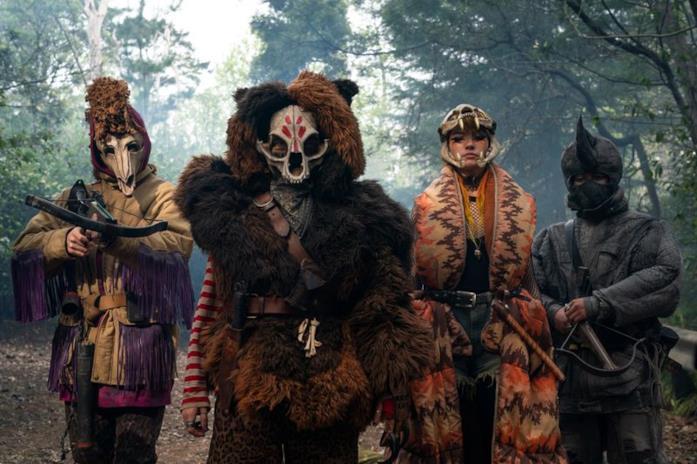 Bear e il gruppo violento di Animal Army