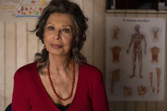 Un'immagine che ritrae Sophia Loren nel film La vita davanti a sè