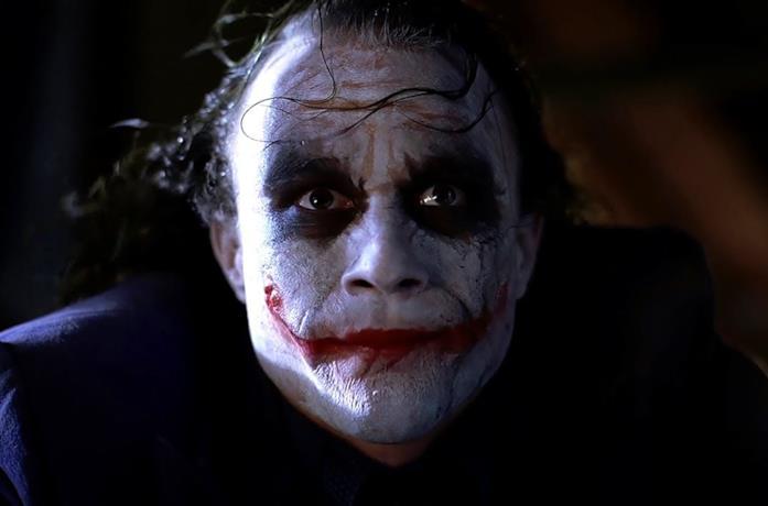 Un primo piano di Joker