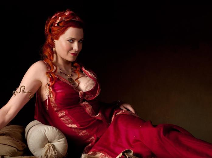 Lucy Lawless è Lucretia