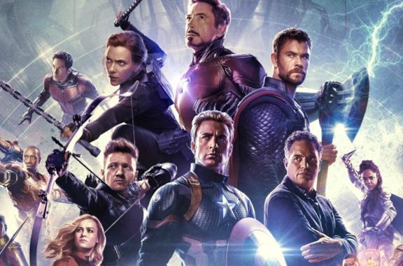 Un'immagine dei Vendicatori nel poster ufficiale di Avengers: Endgame