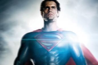 Superman, interpretato da Henry Cavill