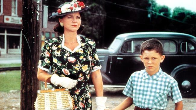 Sally Field nel film Forrest Gump