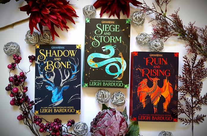 Shadow and Bone: in quale ordine leggere i libri del Grishaverse?