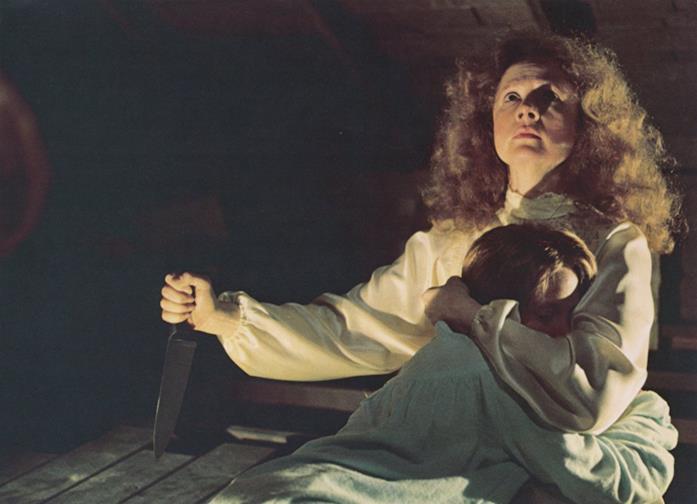 Carrie e la madre Margaret in una scena del film