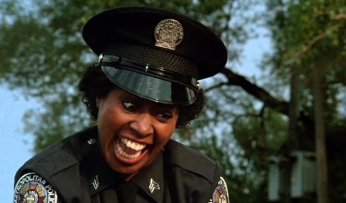 Primo piano di Marion Ramsey in Scuola di Polizia