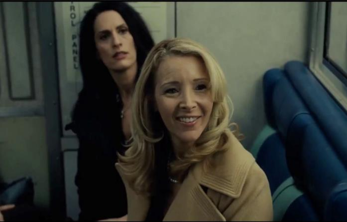 Martha in una scena de La ragazza del treno