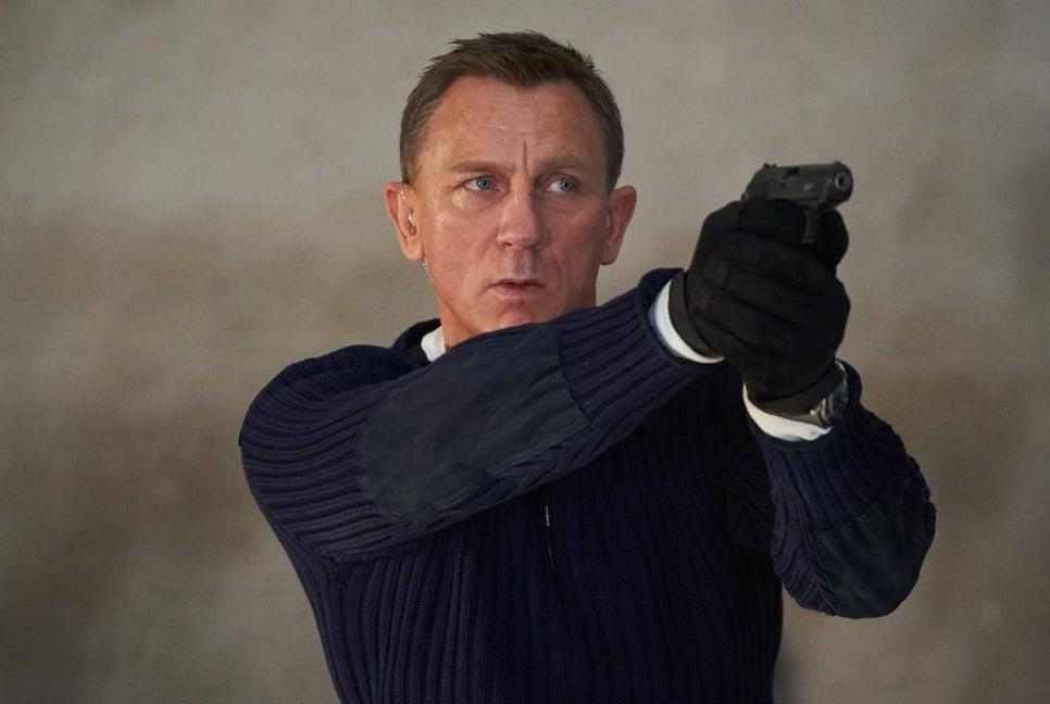 Daniel Craig in una scena di No Time To Die