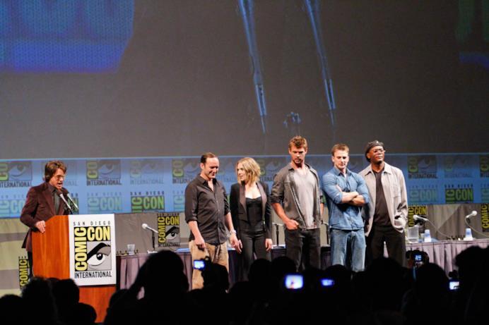 Downey chiama a raccolta il cast di The Avengers