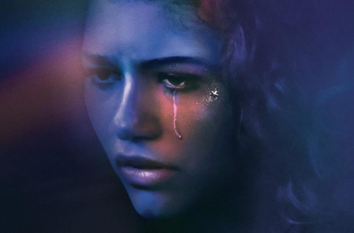 Un primo piano di Zendaya in un'immagine promo di Euphoria