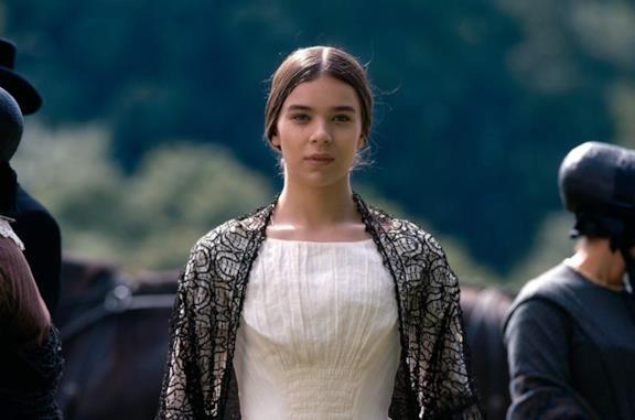 Dickinson, riprese della stagione 2 al via con Finn Jones nel cast