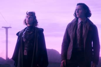 Tom Hiddleston in una scena di Loki