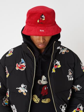 Cappello e piumino KITH x Disney