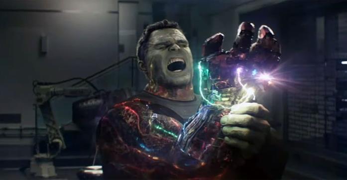 Hulk con il Guanto dell'Infinito