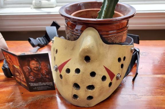 La mascherina di Jason disegnata da Tom Savini