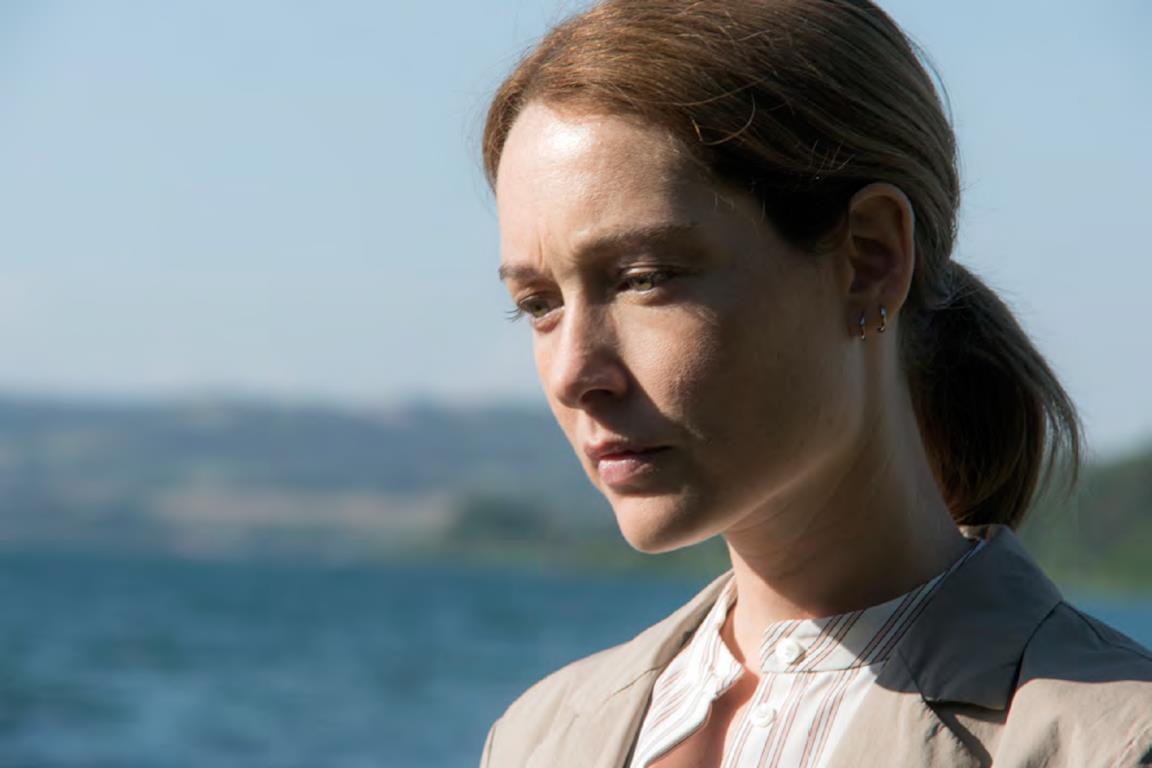 Un primo piano di Cristiana Capotondi in una scena del TV movie Chiara Lubich