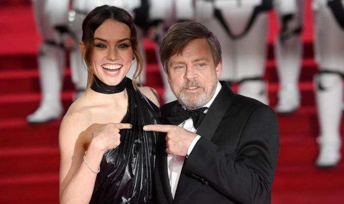 Daisy Ridley e Mark Hamill sul red carpet de Gli Ultimi Jedi