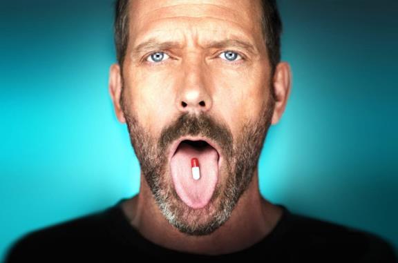Hugh Laurie nei panni di Dottor House