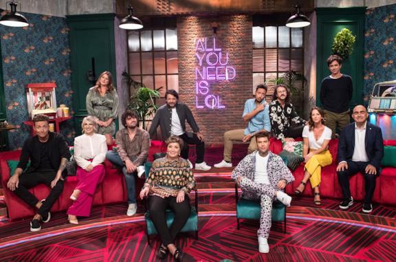 Il cast della prima stagione di LOL: Chi ride è fuori