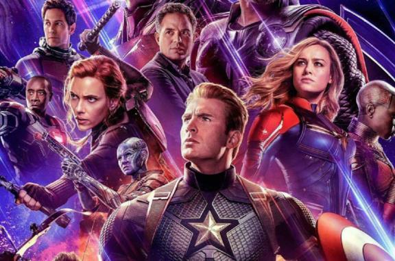 Un'immagine dei Vendicatori nel poster di Avengers: Endgame