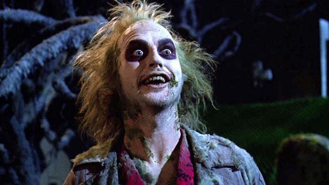 Michael Keaton nei panni di Beetlejuice