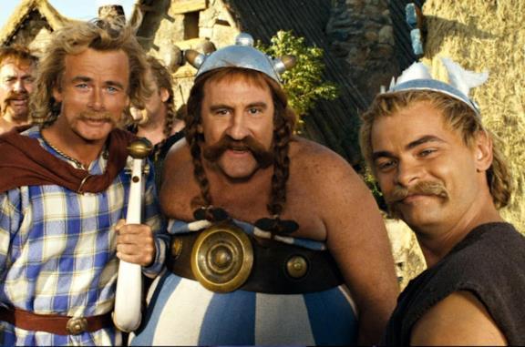 Asterix alle Olimpiadi: gli attori e le apparizioni celebri, da Zidane a Michael Schumacher