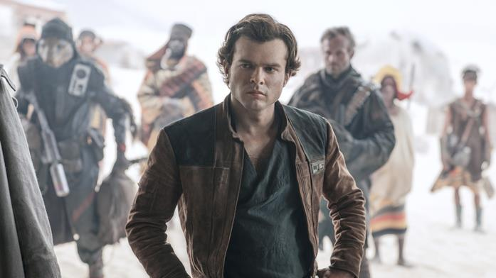 L'attore Alden Ehrenreich nei panni di Han Solo