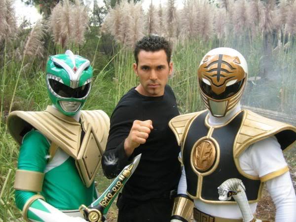 Un immagine di Jason David Frank nei panni del Green Ranger
